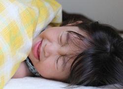 免疫力が低く発症した子供