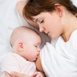 休む暇のない出産後(授乳中)の便秘解消と予防の注意点は?